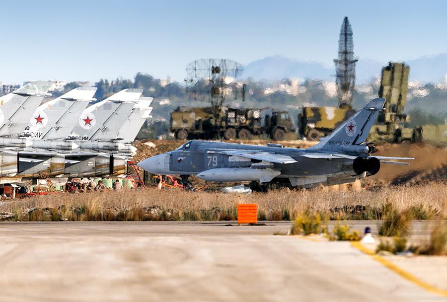 Sirska letalska baza Hmejmim - ruska bojna letala in protiletalski sistemi