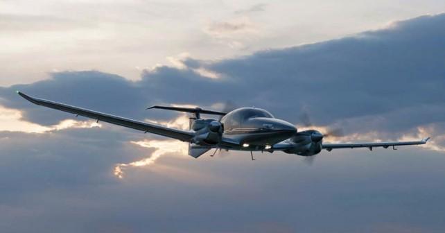 Letalo Diamond DA62