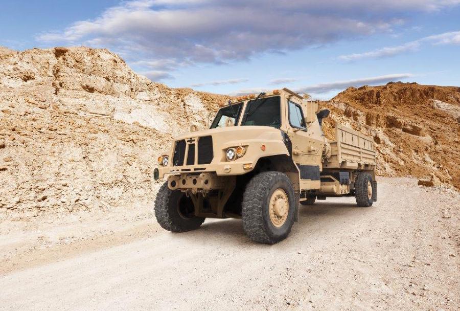 Novi vojaški tovornjak iz družine A2