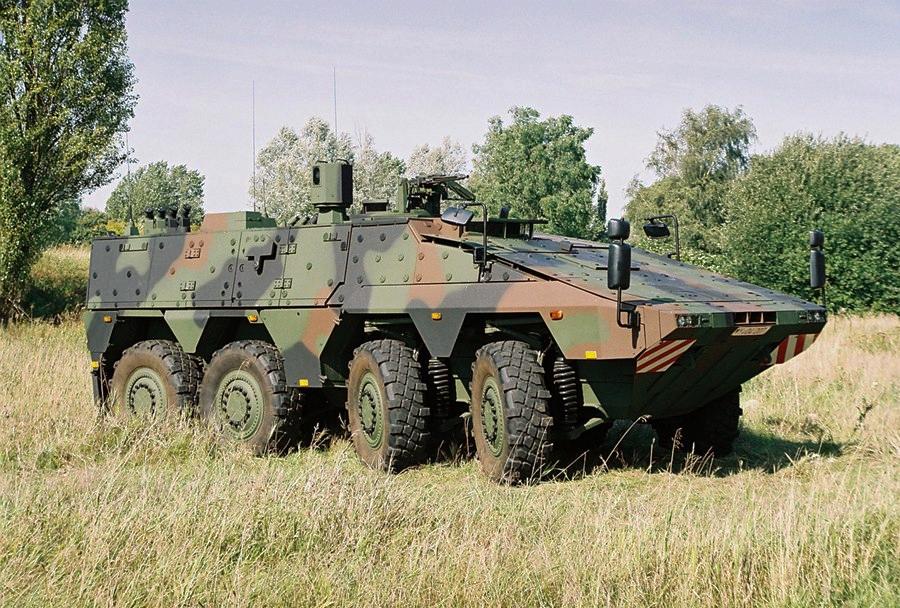 Bojno oklepno vozilo boxer 8x8
