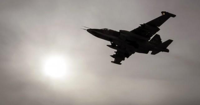 Rusko jurišno letalo Su-25