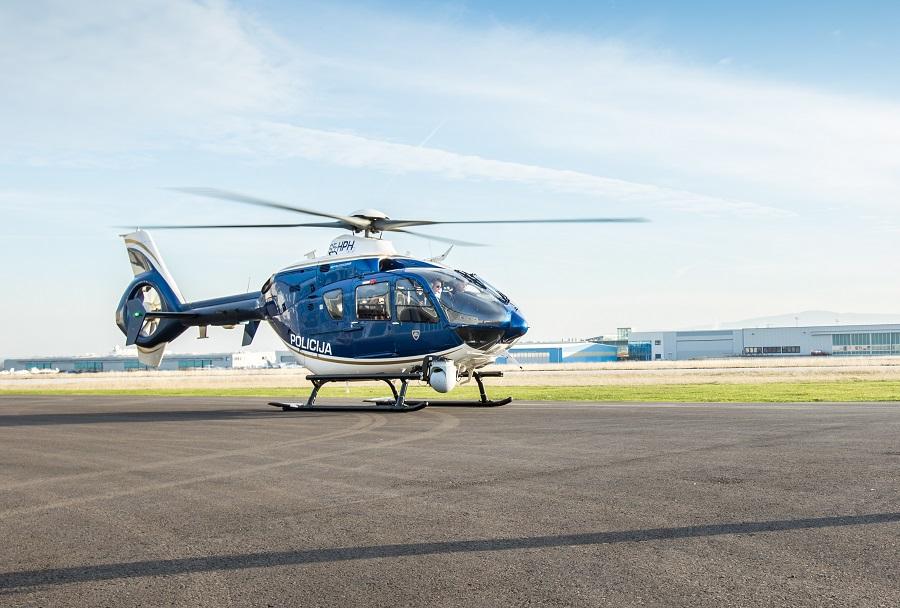 Helikopter EC135 slovenske Policije