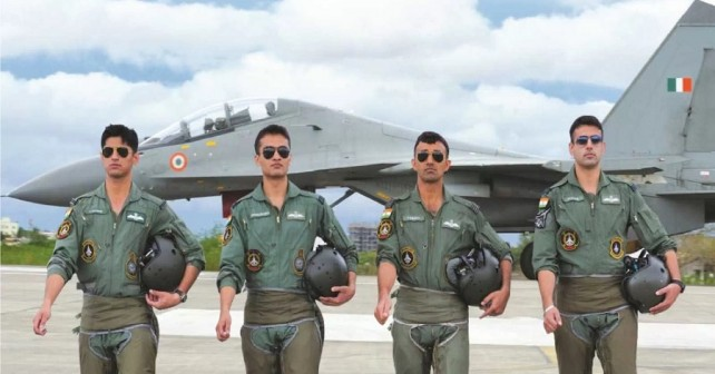 Piloti iz vrst Indijskih letalskih sil