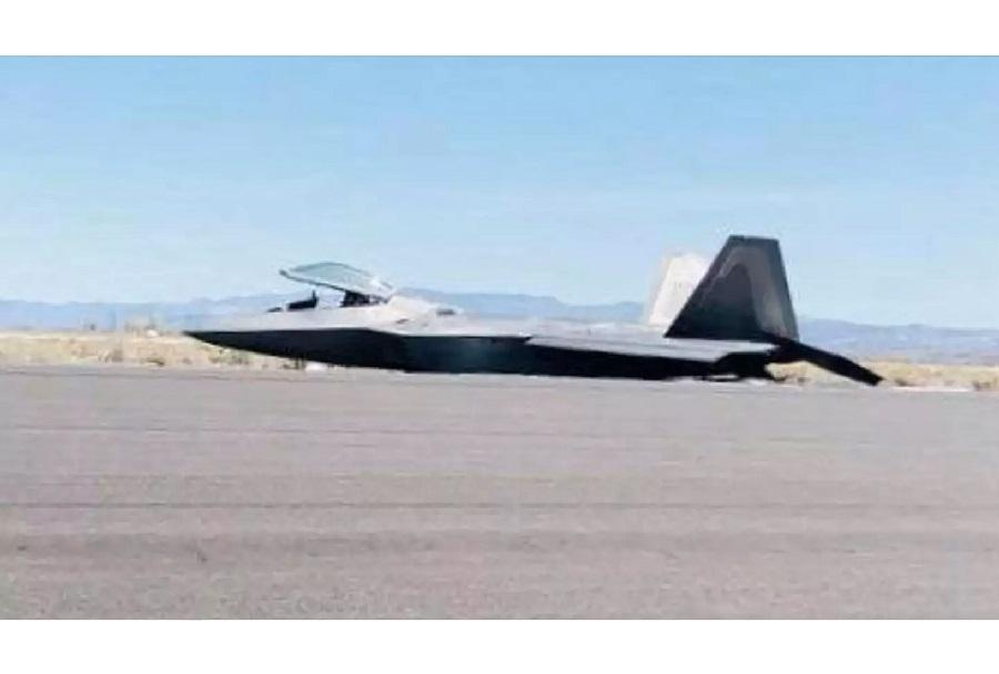 Nesreča lovca F-22