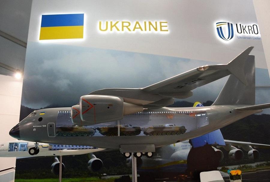 Transportno vojaško letalo An-188 - koncept