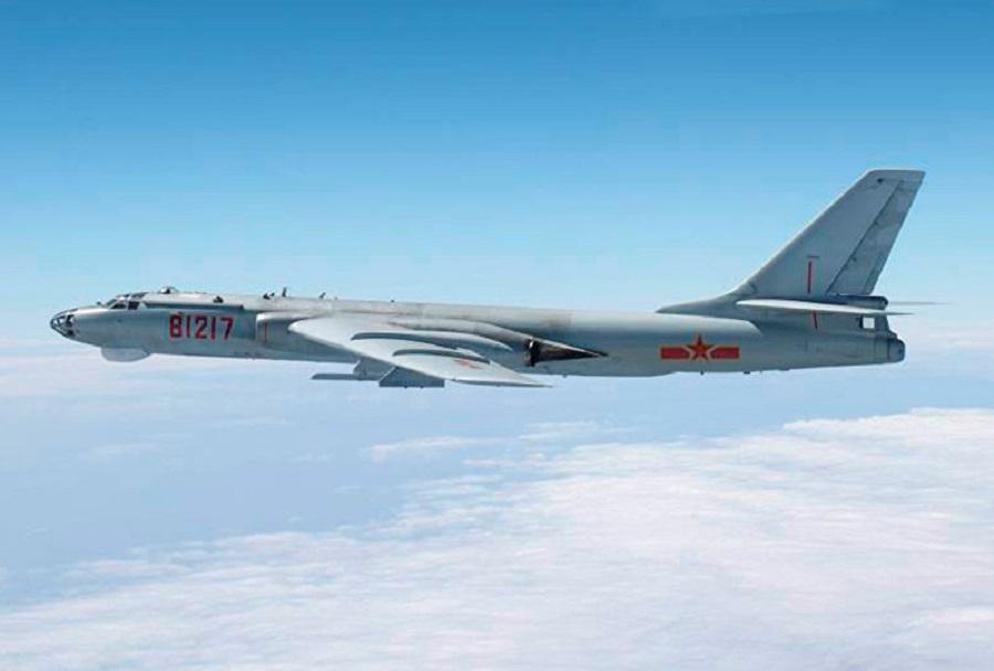 Kitajski bombnik Xian H-6K