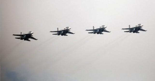 Ruski lovci Su-30MS