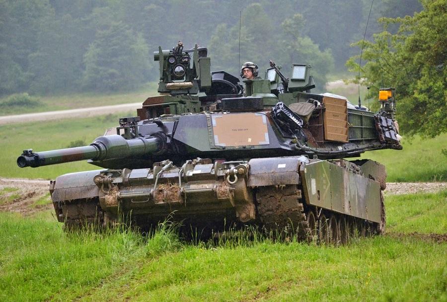Glavni bojni tank M1A2 abrams
