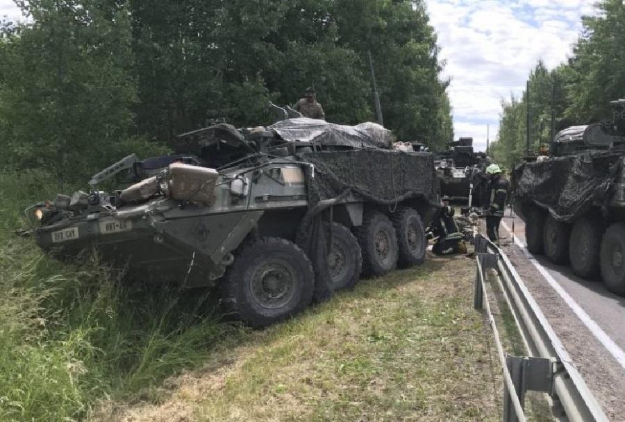 Nesreča oklepnikov stryker v Litvi