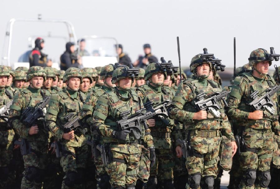 Vojska Srbije v novih uniformah
