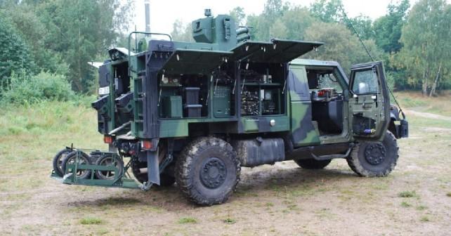 Lahki oklepnik LMV4x4 LAV-CBRN