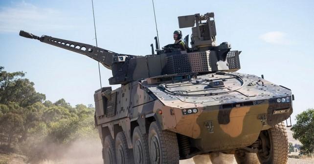 Oklepno vozilo boxer 8x8 na testiranjih v Avstraliji