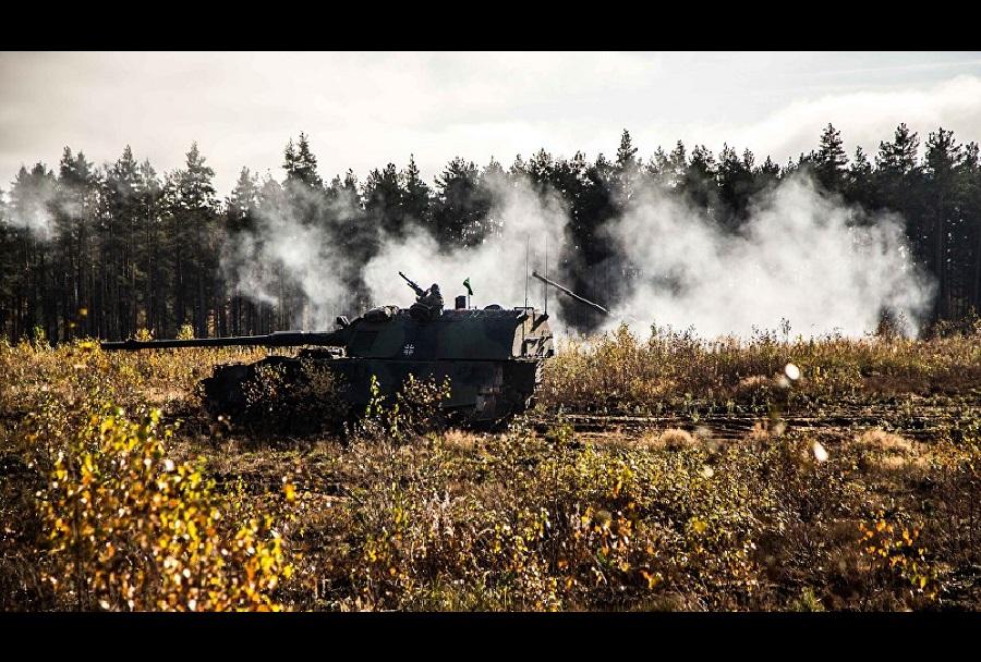 V nesreči z oklepnikom je v Litvi umrl nemški vojak