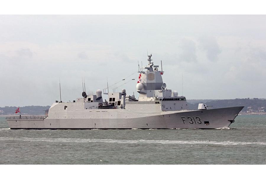 Norveška fregata HNoMS Helge Ingstad