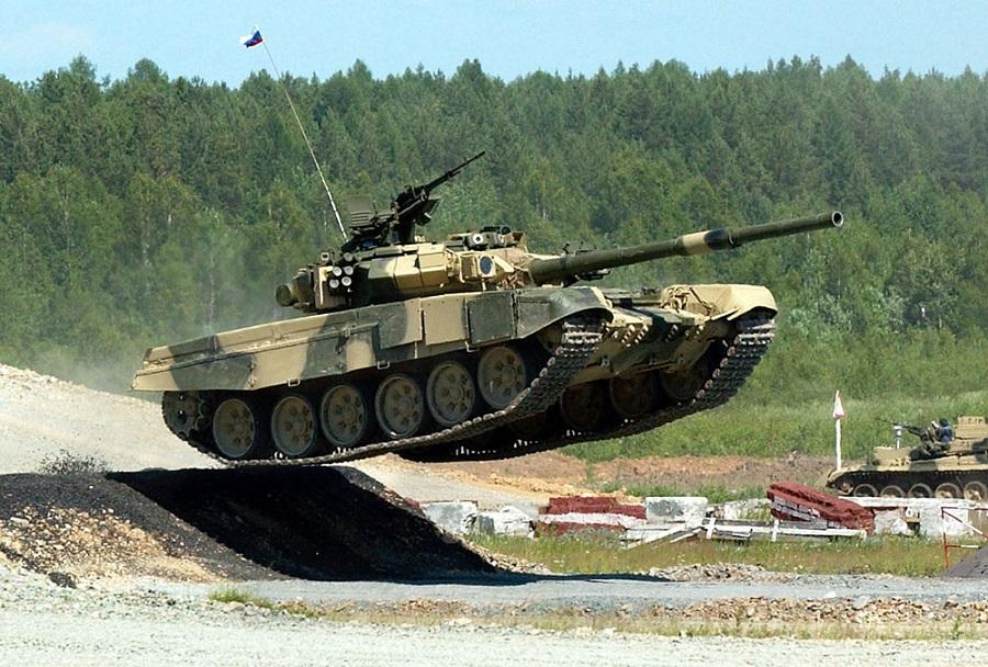 Ruski tank T-90