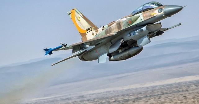 Lovec F-16 barak