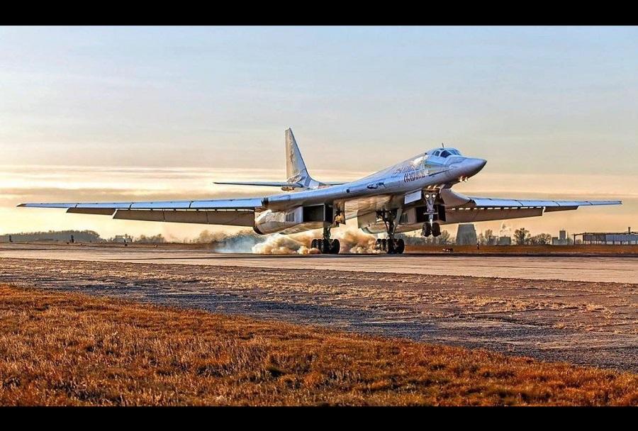 Ruski bombnik Tu-160