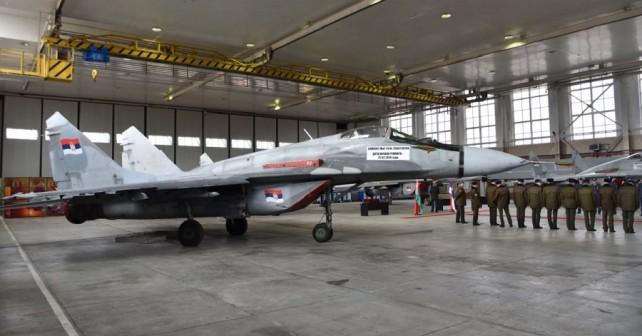 Novi srbski lovec MiG-29 - predaja v Belorusiji