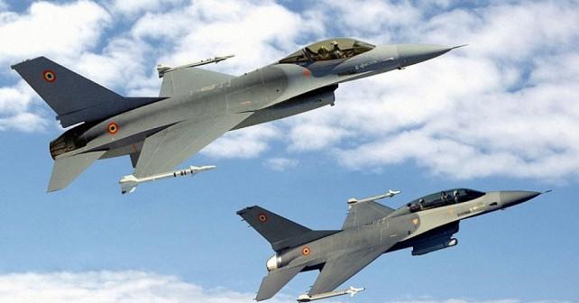 Romunski lovci F-16