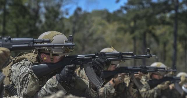 Kalašnikov - ameriški vojaki