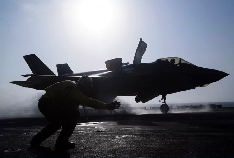 mornariški lovec F-35C