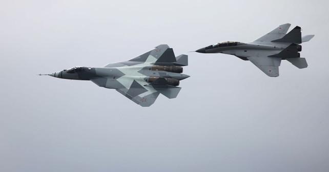 ruska lovca Su-57 in MiG-29