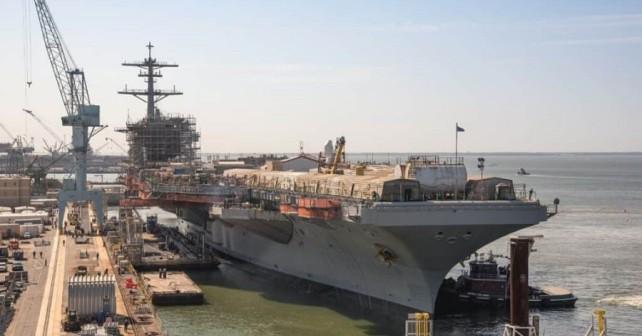 letalonosilka-USS-George-Washington-remont