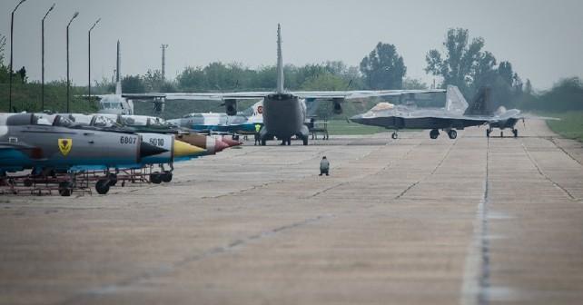 romunska-letalska-baza