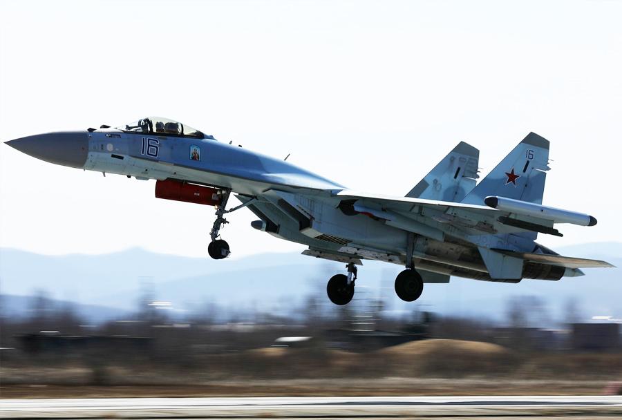 lovec Su-35