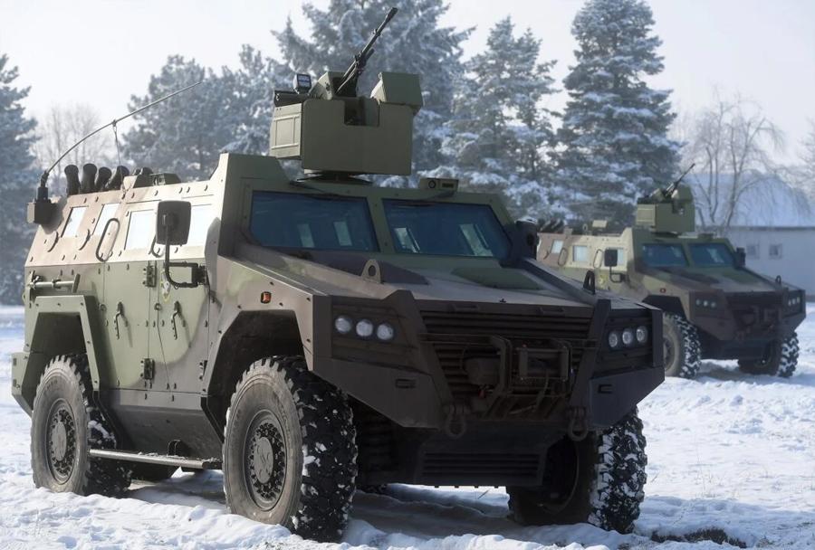 Bojno oklepno vozilo M16 miloš 4x4