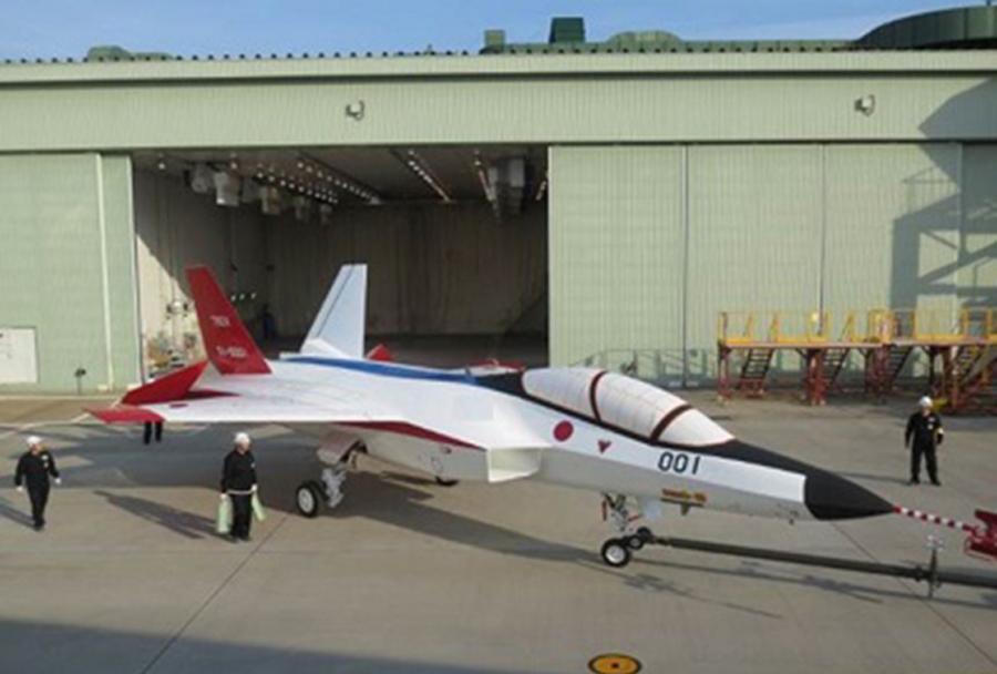 Prototip japonskega stealth lovca Mitshibushi ADT-X (F-3)