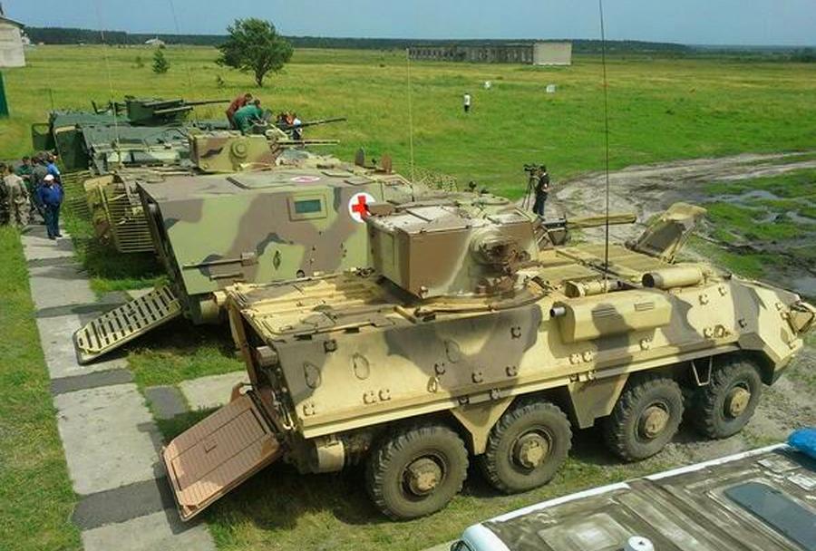 Ukrajinska sanitetna oklepna vozila BTR-4 in BMM-4S