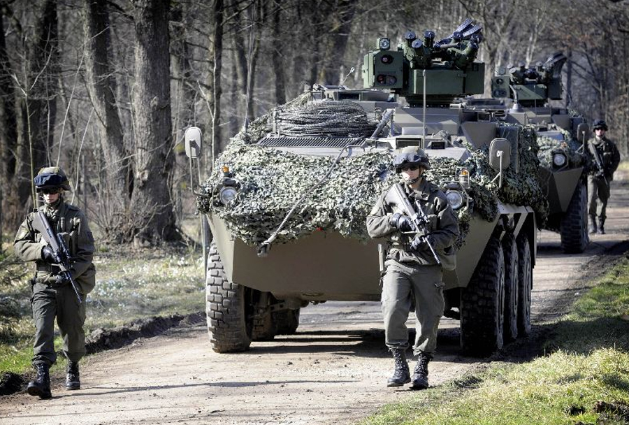 Avstrijska vojska - oklepno vozilo pandur 6x6