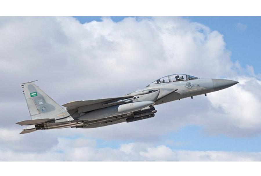 savdski lovec F-15
