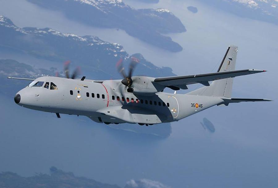 vojaško transportno letalo C-295
