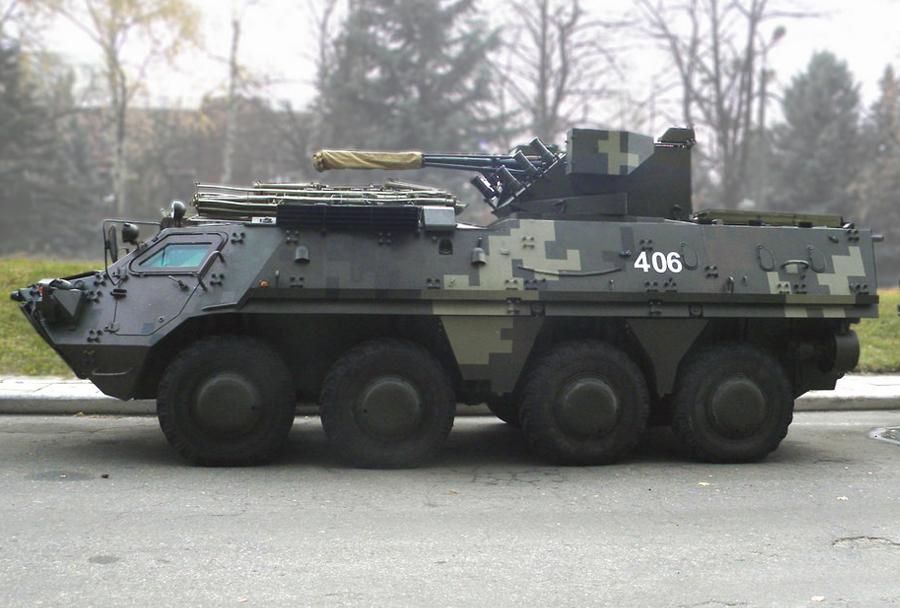 Ukrajinska vojska - oklepno vozilo pehote BTR-4E