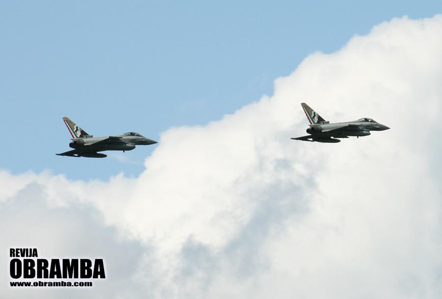 Rivolto 2015: italijanska lovca Eurofighter typhoon