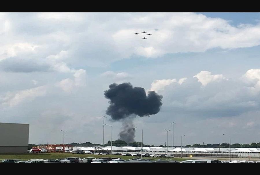 Nesreča lovca Blue Angels F/A-18 (2.6.2016)